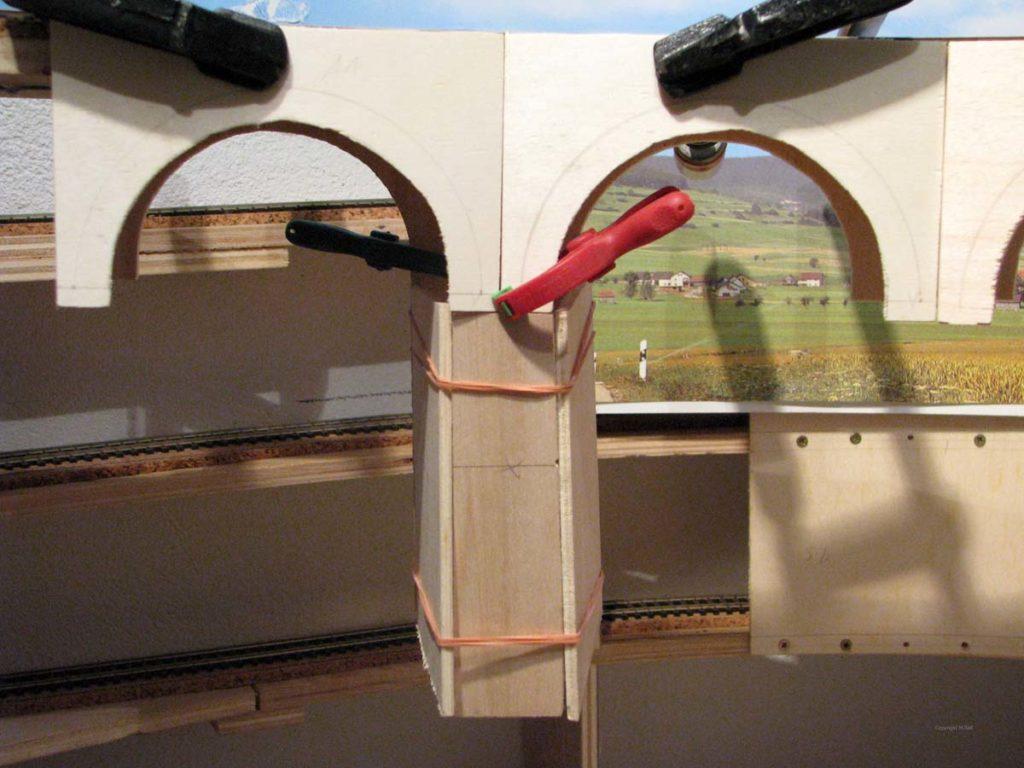 Viaduktbau - Erstellung der Bögen