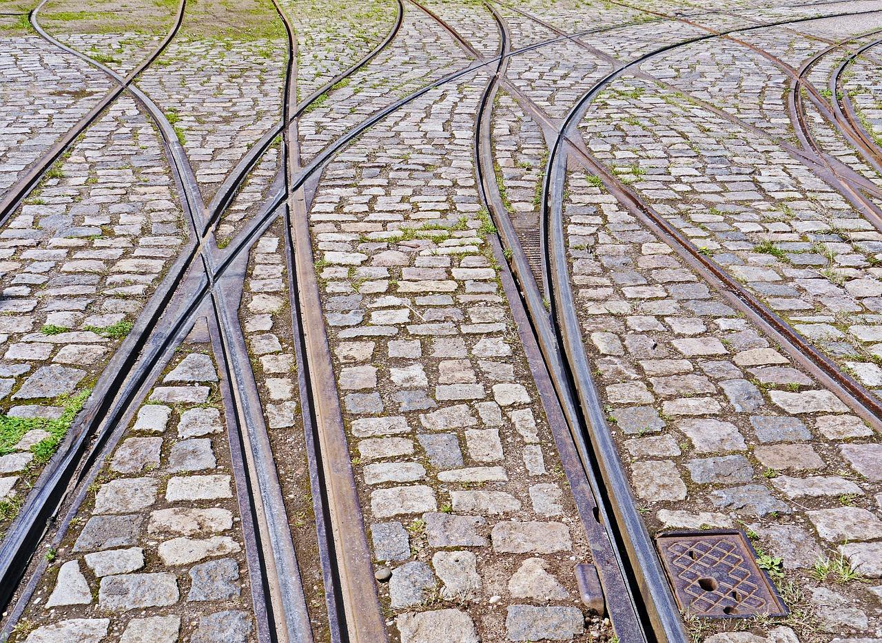 Straßenbahnschienen im Pflasterverbund