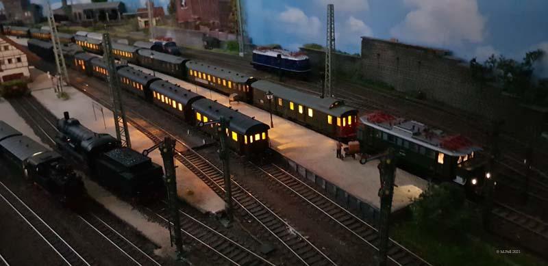 Beleuchter Zug in Nächternhausen