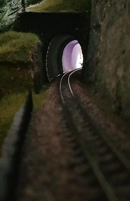 Dunkler Tunnel ?